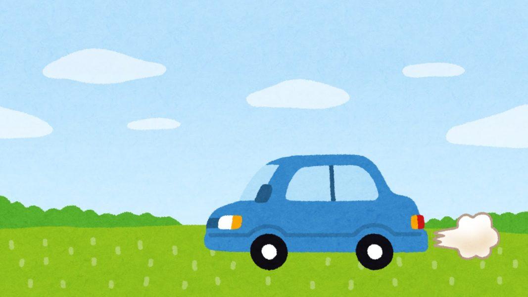 草原を走る車